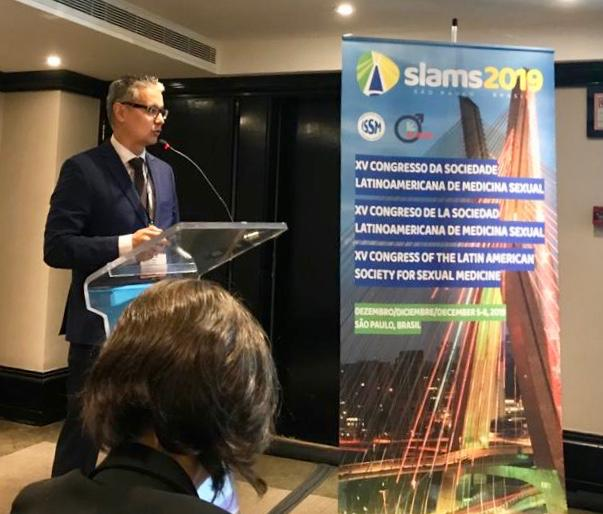Dr. Fábio Watanabe palestra em Congresso Latinoamericano de Medicina Sexual